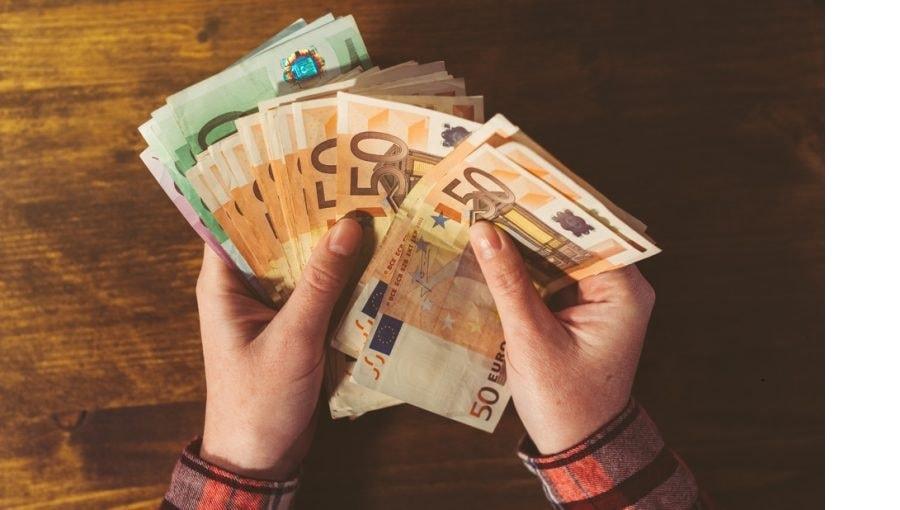 EL gobierno español impulsa una renta básica mensual