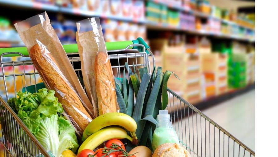 Los supermercados suben precios para equilibrar la falta de consumo